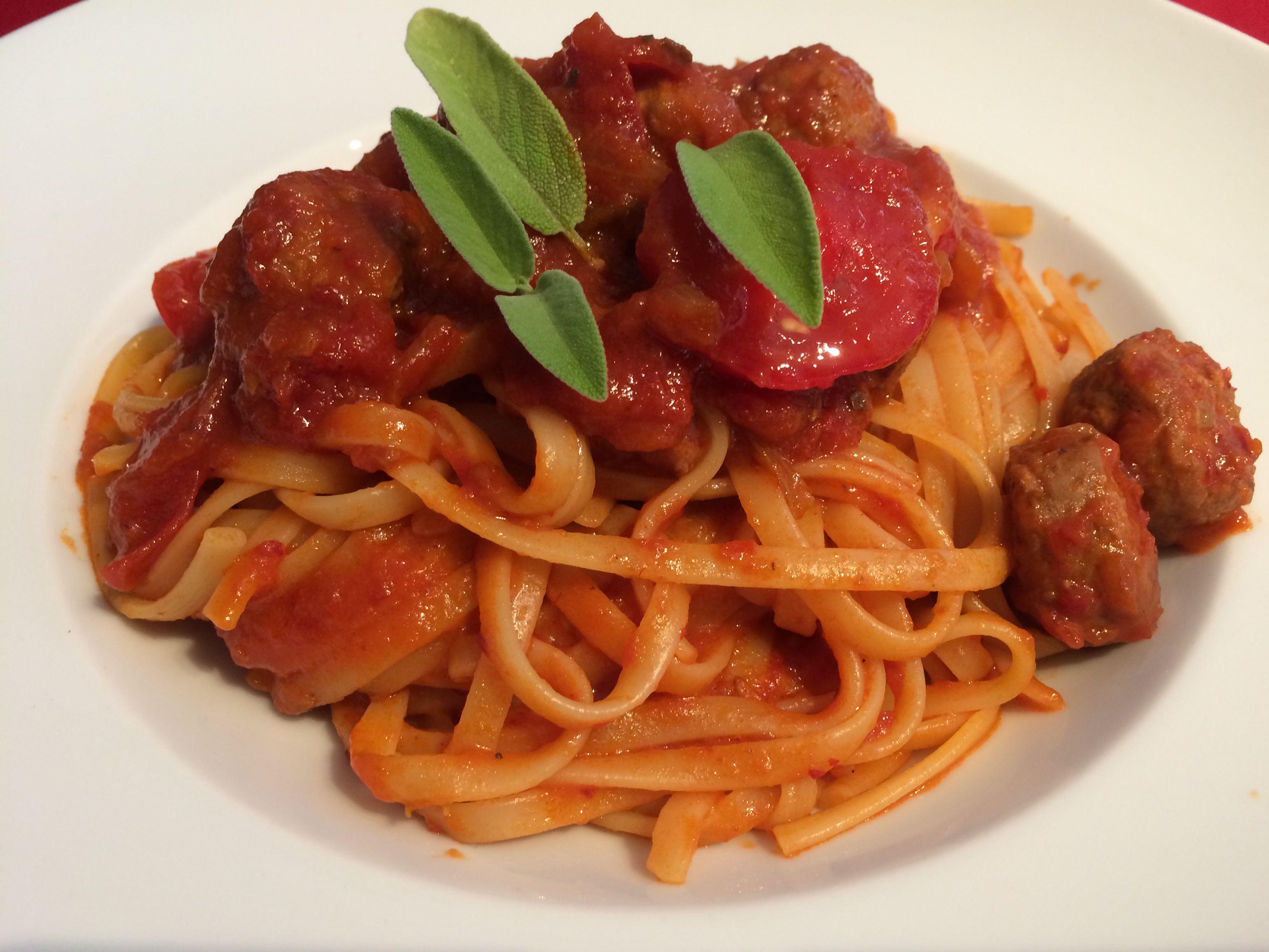 Bavette mit Sugo di Salsiccia als Vorspeise