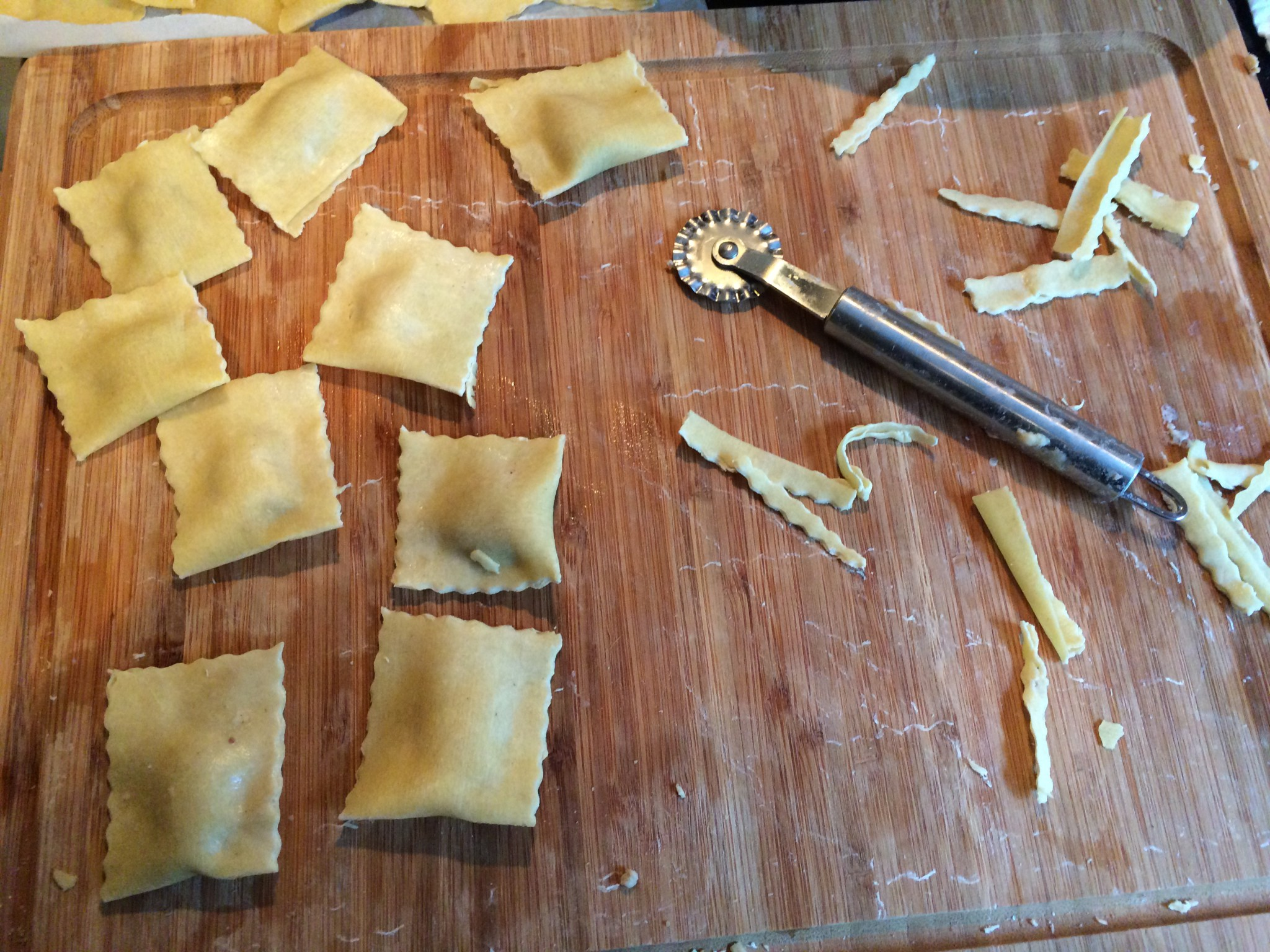 Ravioli mit Maronenfüllung, zugeschnitten