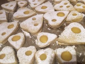 Lemon Curd Kekse gefüllt und Puderzucker