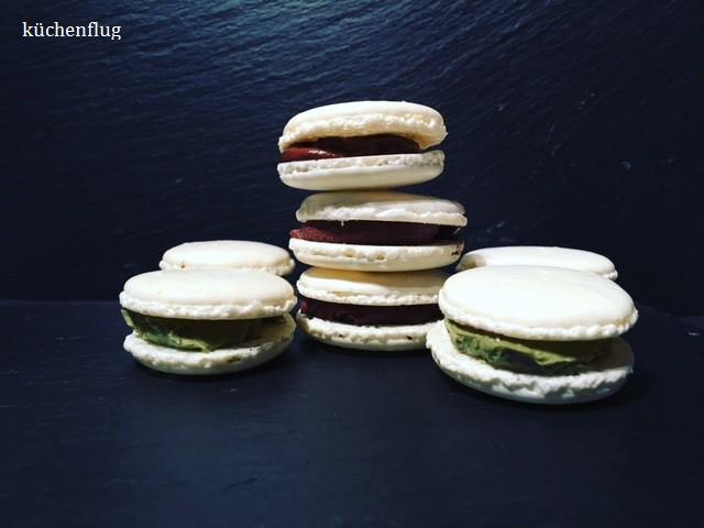 Weisse Macarons mit feiner Pistazien Ganache