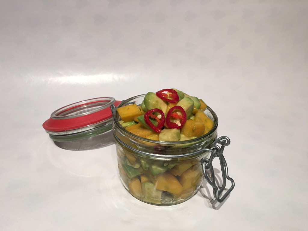 Avocado-Mango Salat mit Chili