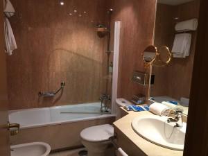 Tryp Hotel Alcala 611 Madrid Badezimmer