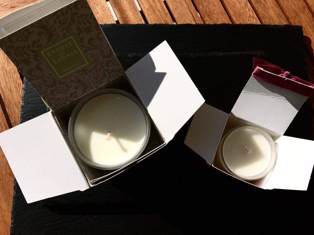 Brooke & Shoals Duftkerzen Verpackung geöffnet