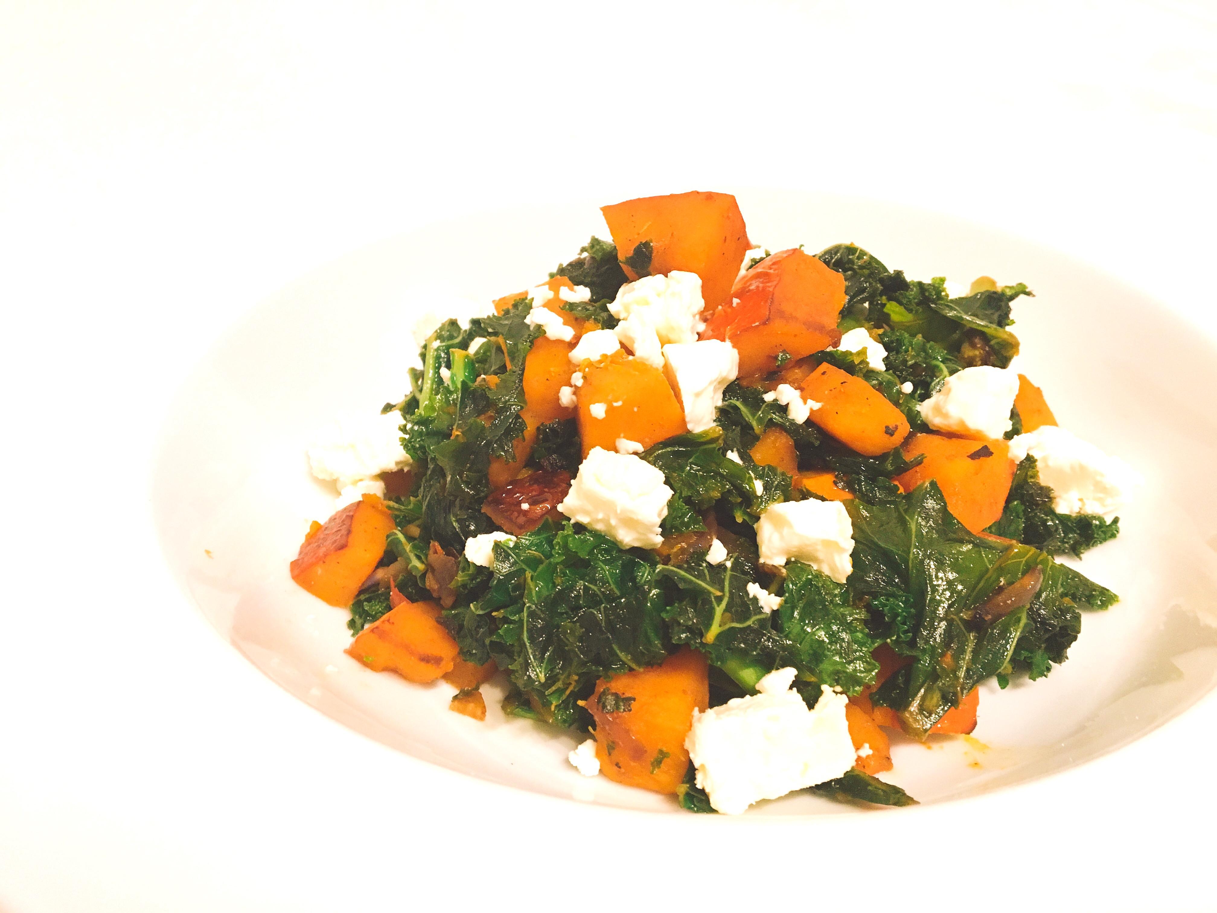 Grünkohl mit Kürbis und Feta vegetarisch